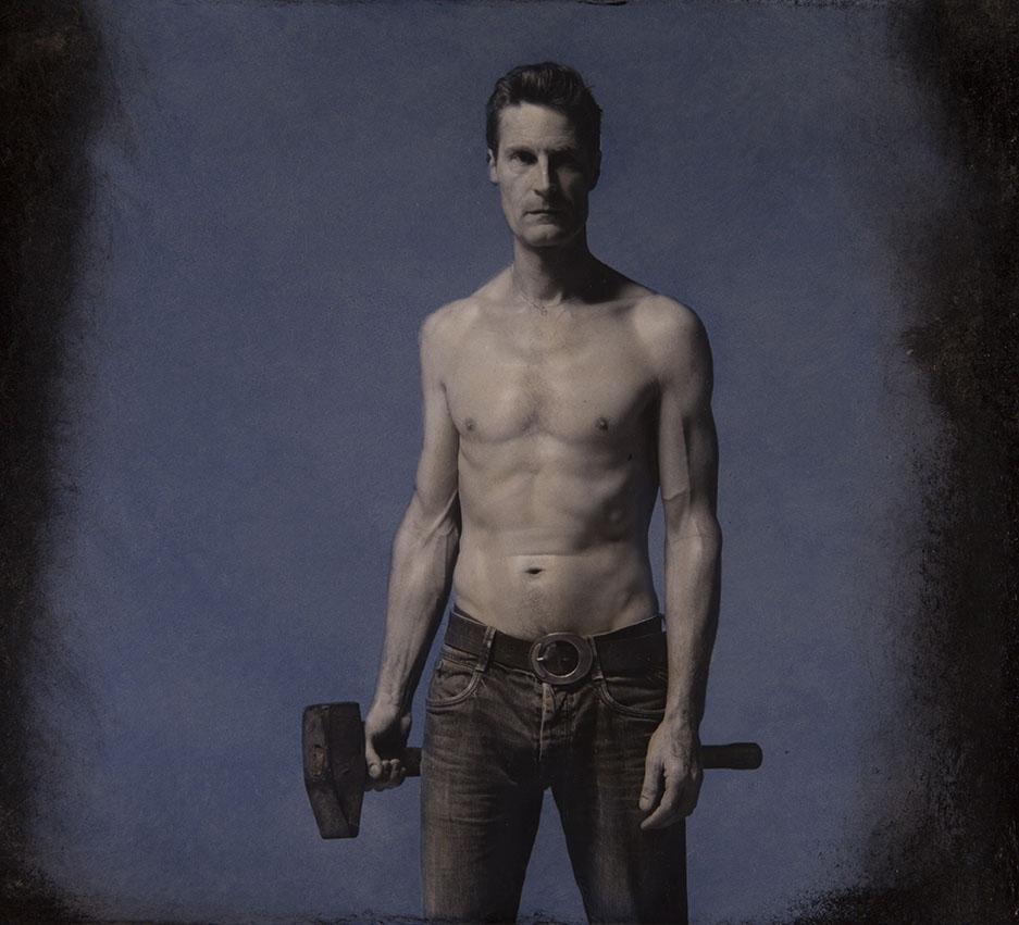 Man met hamer (5)