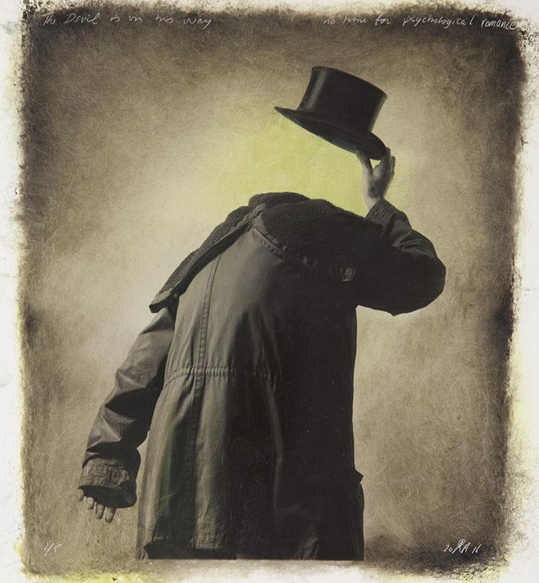 doodgraver hoedfoto's (3)